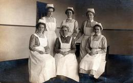 Carte Photo Originale Métier De Soins - Infirmières Militaires Allemandes En Mars 1915 - Guerre 1914/18 - Professions