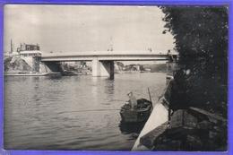 Carte Postale 60. Creil Pêcheurs Et Le Nouveau Pont  Très Beau Plan - Creil