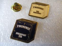 PIN'S    LOT 2  TWININGS - Pins