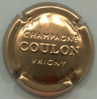 CAPSULE-CHAMPAGNE COULON Roger N°13b Estampée Or-bronze - Champagne