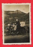 Side Car Avec Jeune Femme Assise ; Photo Originale - Automobiles