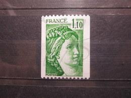VEND BEAU TIMBRE DE FRANCE N° 2062a , XX !!! - 1977-81 Sabine De Gandon