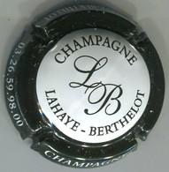CAPSULE-CHAMPAGNE LAHAYE-BERTHELOT N°13f B Avec Boucle, Blanc Ctr Noir - Autres