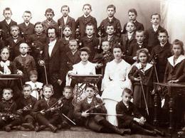 Grand Tirage Photo Albuminé Cartonné Original Scolaire - Ecole De Musique Pour Violonistes En Herbe Vers 1890 - Violon - Anciennes (Av. 1900)