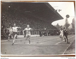 1926 STADE JEAN BOUIN ARRIVÉ DU 100M - ATHLÉTISME - Photo Agence ROL Rue RICHER PARIS 9 - Sports