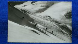 Davos Schussfahrt Im Pulverschnee Des Parsenngebietes Switzerland - GR Grisons