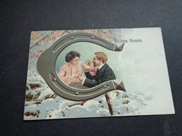 Couple ( 109 )  Koppel   Carte Gaufrée  Reliëf - Couples