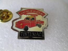 PIN'S   RENAULT  COLORALE    POMPIERS   TINTENIAC - Brandweerman