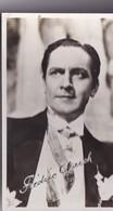 Autographe De Fredric March Est Un Acteur Américain, Né Le 31 Août 1897 à Racine Et Mort à Los Angeles. - Artistes