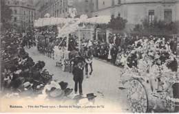 35 - RENNES Evenement - FËTE Des FLEURS 1910 Boules De Neige - Landeau De L'U - CPA Animée  Ille Et Vilaine BRETAGNE - Rennes