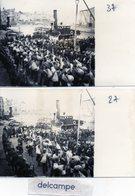 2 PHOTOS   - ILE DE RE -   Saint Martin De Ré -  Embarquement Des Forçats - Bagnards à Bord Du Bateau COLIGNY  ... - Lieux
