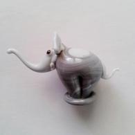 Fève Miniature De Vitrine Eléphant - Dieren