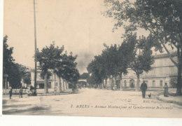13 // ARLES   Avenue Montmajour Et Gendarmerie Nationale - Arles
