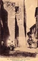 06 - BERRE-des-ALPES - Rue De La Placette -Ancien Château Féodal - - Autres Communes