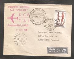 Enveloppe  Premiere Liaison Avion Tananarive Paris  1961 / Tananarive  Madagascar / Messageries Maritimes Pour La Somme - Madagascar (1960-...)
