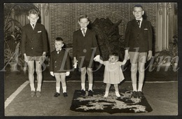 Postcard / CPA / Photo Postcard / 2 Scans / Children / Enfants / Boys / Garçons / Fille / Girl - Grupo De Niños Y Familias