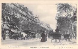 75 - PARIS ( Série PARIS VECU ) Le Boulevard ( Animation Attelages )  CPA - Seine - France