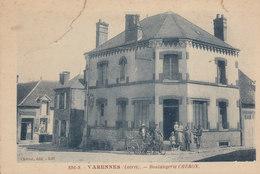 45 /  Varennes  :  Boulangerie Chéron , Attelage De Chien  ( Cassure Angle H G)     /////   Ref. FEV. 20  ////  BO. 45 - Frankrijk