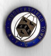 Pin's  Broche, HUDDERSFIELD  TOWN  A.F.C - Badges