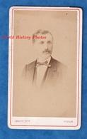 Photo Ancienne CDV Vers 1870 - TOULON - Portrait Homme Personnalité à Identifier - Photographe Leroux Moustache Costume - Anciennes (Av. 1900)