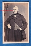 Photo Ancienne CDV Vers 1860 1870 - SEZANNE - Portrait Notable Personnalité à Identifier Photographe Landreau - Costume - Anciennes (Av. 1900)
