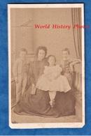 Photo Ancienne CDV - SAINTE FOY ( Gironde ) - Beau Portrait De Famille - 1864 - Photographe Boursaus Enfant Garçon Fille - Anciennes (Av. 1900)