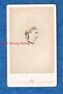 Photo Ancienne CDV Vers 1870 - Portrait D' Une Femme De Profil - Photographe Le Jeune - Coiffure Mode Pose Visage - Anciennes (Av. 1900)