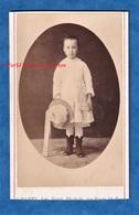 Photo Ancienne CDV Vers 1870 - GAND Belgique - Portrait Jeune Fille Belge Photographe Wante - Robe Mode Chapeau - Anciennes (Av. 1900)