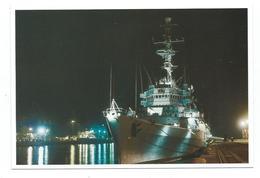 17439 - CP PORTE-HELICOPTERES JEANNE D'ARC  Dans La Nuit - (Photo Marine Nationale) - Warships