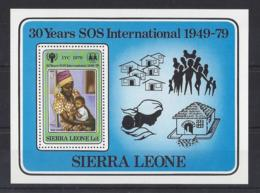 "SIERRA LEONE..QUEEN ELIZABETH II.(1952-NOW).."" 1979.""....30 YEARS OF  "" SOS ""  INTERNATIONAL..1949-79...MS611..MH. - Organisaties"
