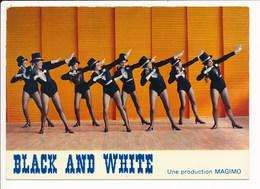 Carte ( Format 15 X 10,5 Cm ) MONTCEAU LES MINES Majorettes Girls Montceau Magimo BLACK AND WHITE   ( Majorette ) - Montceau Les Mines