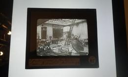 DOUAI INTÉRIEUR LIBRAIRIE PILLÉE 1914-18  Photo Négatif Sur Verre - Guerre, Militaire