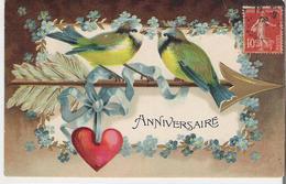 MYOSOTIS ET MESANGES. CPA Gaufrée Voyagée En 1908 Mésanges Sur Une Flèche Dans Un Cadre De Myosotis Anniversaire - Flowers