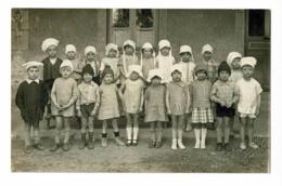 Carte Photo - A Moraine, TOURNUS (71) - Groupe D'élèves Déguisés En Cuistots & Boniches, Cour D'école - Pas Circulé - France