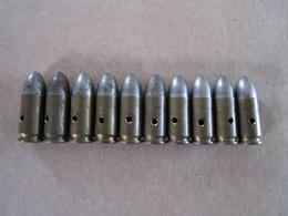 10 Cartouches 9 Mm Parabellum Britannique Datées 1944 (neutralisées) - Equipement