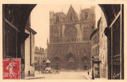 Lyon (69) - Lot De 10 Cartes - Format 9x14 - Toutes Scannées - Lyon