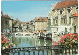 Annecy: RENAULT FLORIDE S CABRIOLET, DAUPHINE, CITROËN 2CV, FIAT 1100D, SIMCA 1301/1501 - Le Thiou Et Le Palais D'Isle - Turismo