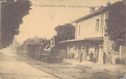 J49 - 71 - LA CHAPELLE-SOUS-DUN - Saône-et-Loire - Arrivée D'un Train - Autres Communes