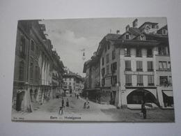 Suisse. Bern, Lot De 2 Carte, Dont Inédite : Hotelgasse / Hotelgasse Mit Dem Alten Historischen Museum (8333) - BE Berne