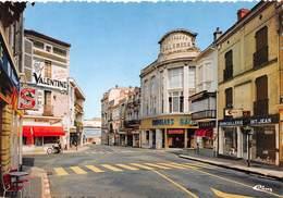 MONT-de-MARSAN - Le Carrefour Des Quatre Cantons - Quincaillerie Saint-Jean - Nouvelles Galeries - Bijouterie Pecastaing - Mont De Marsan