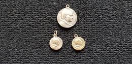 Médaille Religieuse Lot 3 Médailles Seigneur Sainte Vierge Marie St Pierre Basilique Sa Sainteté S S  Pape PIE XI Et XII - Godsdienst & Esoterisme