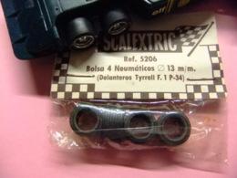 Scalextric TYRRELL P 34 4 Neumáticos Pour Tyrrell P 34 - Circuits Automobiles