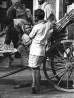 Photo Inde Calcutta Tranports Pousse-pousse Rickshaw Wallah Ph. Vivant Univers - Lieux
