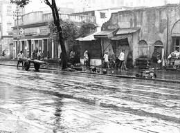 Photo Inde Calcutta Tranports De Matériaux Par Charrette, à La Mousson  Ph. Vivant Univers - Lieux