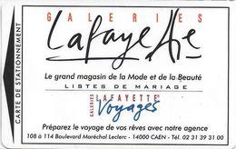 CARTE DE STATIONNEMENT A BANDE MAGNÉTIQUE VILLE DE CAEN 14  CALVADOS GALERIES LAFAYETTE VOYAGES - Francia