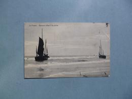 LA PANNE  -  Barques Allant à La Pêche  -  Belgique - Otros