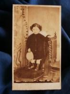 Photo CDV Borne à Toulouse - Portrait Petit Garçon, Second Empire Circa 1865 L489 (2) - Anciennes (Av. 1900)