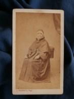 Photo CDV Trantoul à Toulouse - Religieuse Agée, Bonne Soeur, Nonne, Circa 1870 L489 - Anciennes (Av. 1900)