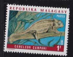 # Madagascar Malagasy .. YT 523  ** SC .. Cameleon Lezard .. Cote 0.20 € - Madagascar (1960-...)