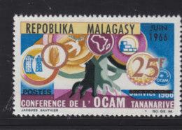 # Madagascar Malagasy .. YT  424  ** SC  Conference OCAM Tananarive - Madagascar (1960-...)